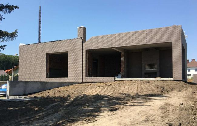 Будівництво приватного будинку в ЖМ